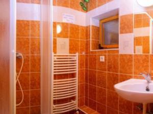 Chalupa Zuzana - kúpeľňa pre dve izby