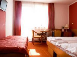 HOTEL VEGA *** -