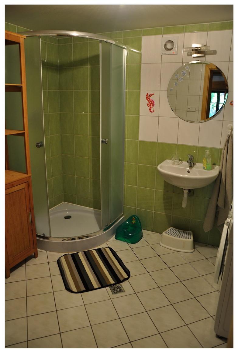 sprchový kout na chalupě