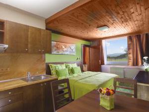 Horský Hotel Tetřeví Boudy-Superior -