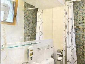 FLORENC - hotelová koupelna na florenci praha