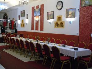 GL Hotel Trutnov - Restaurace - tabule