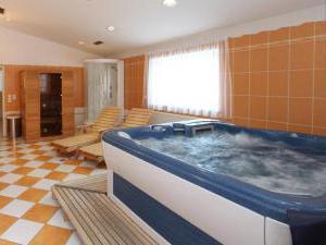 HOTEL AKADEMIE -
