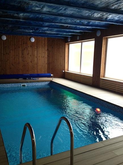 Vyhřívaný krytý bazén