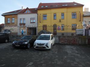 Penzión Hradbová Košice - Parkovisko pred penziónom