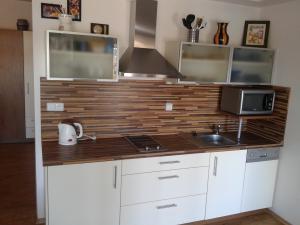 Apartmán Lipno nad Vltavou - kuchyňský kout