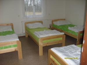 Autokemp - ubytovna SK Mšeno - čtyřlůžkový pokoj