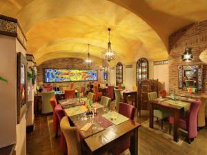 Hotel Salvator - Hotel Salvator, restaurace La Boca