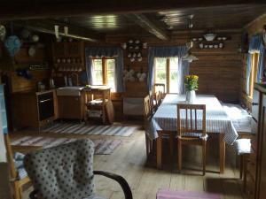 Roubená chalupa Kunvald - Kuchyňě v roubené chalupě Kunvald v Orlických horách