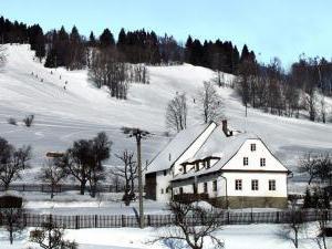 Kunčice chalupa KARRA - Chalupa u vleku Staré Město pod Kralickým Sněžníkem