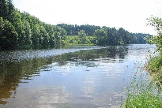 Chata u Pastvinské přehrady