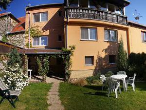 Ubytování v aleji Valtice - Penzion v aleji - Valtice