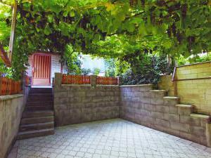 Chalupa u Kuchyňkú - Ubytování u Kuchyňkú, zadní vstup
