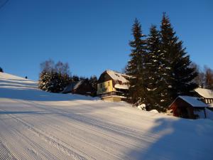 Horská chata Hubert Bedřichov - Jizerské hory Ubytování v horské chatě Hubert v  Bedřichově