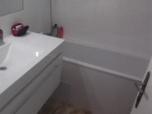 Apartmán Kolonáda   Poděbrady - Koupelna s vanou