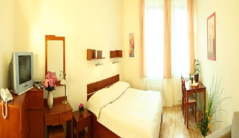 Pokoj v hotelu Dar Praha