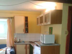 Apartmán Dvorečná - kuchyňský kout