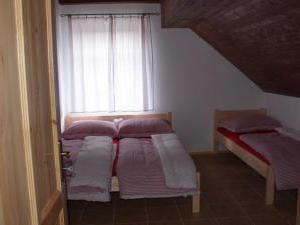 Apartmány Hájenka - apartmány Hájenka - apartmán 3, ložnice druhá