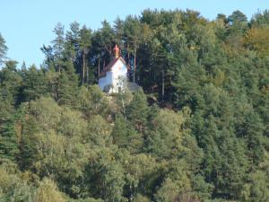 Konírna - rodinný dům - Kalvárie v Mařenicích