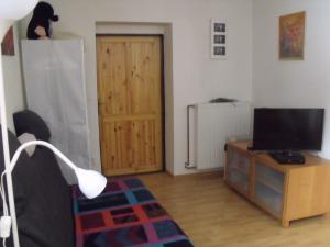 Konírna - rodinný dům - Rozkládací 2 lůžkový gauč