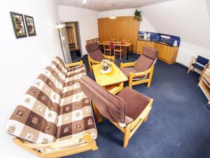 APARTMÁNY VRCHLABÍ - Apartmán - obývák + jídelna