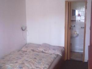 Apartmány Doksy - Apartmán 2 lůžka (přízemí) - postel