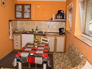 Apartmány Doksy - Apartmán 4 lůžka - kuchyňka