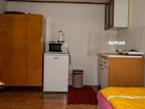 Apartmány Doksy - Chatka 3 lůžka - kuchyňka