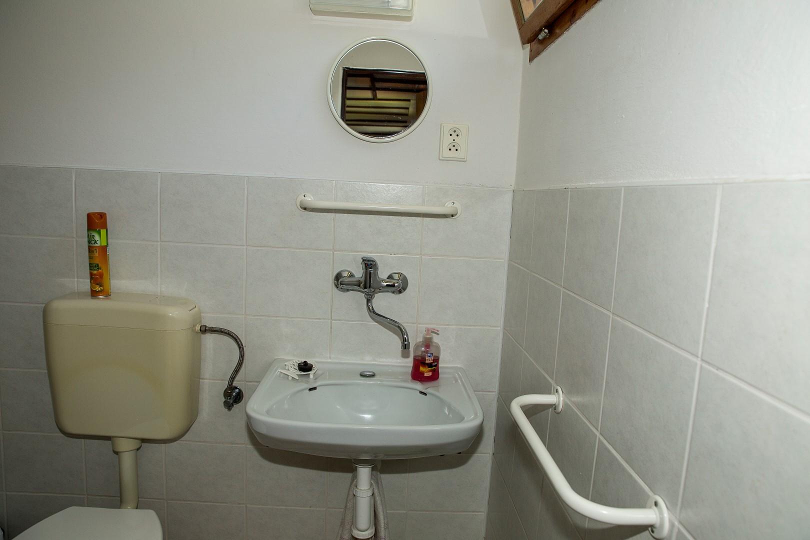 Chatka 3 lůžka - koupelna