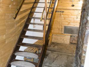 Chalupa Na Paloučku - Chalupa Na Paloučku ubytování v Orlickém Záhoří - schodiště s chodbou