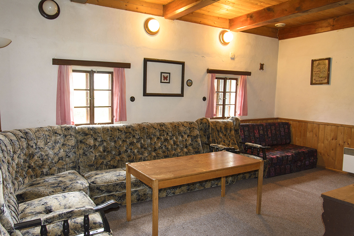 Chalupa Na Paloučku ubytování v Orlickém Záhoří - obývací pokoj 1