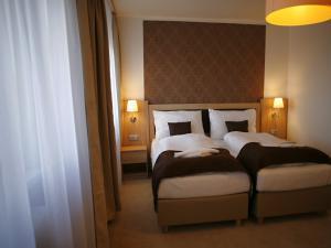 Hotel *** Star 4 a Hotel *** Star 5 - Třílůžkový pokoj Superior