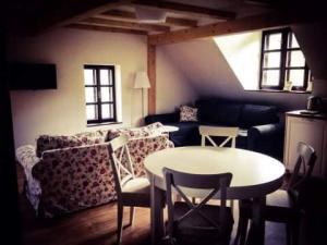 Chalupa Tři studánky - Apartmán 2, obývací část s kuchyní