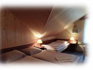 Hotel PROM - třílůžkový pokoj Vila I