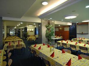 Hotel PROM - snídaňový buffet