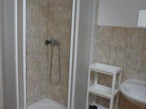 Apartmány Karina a Vicki - Vicki koupelna