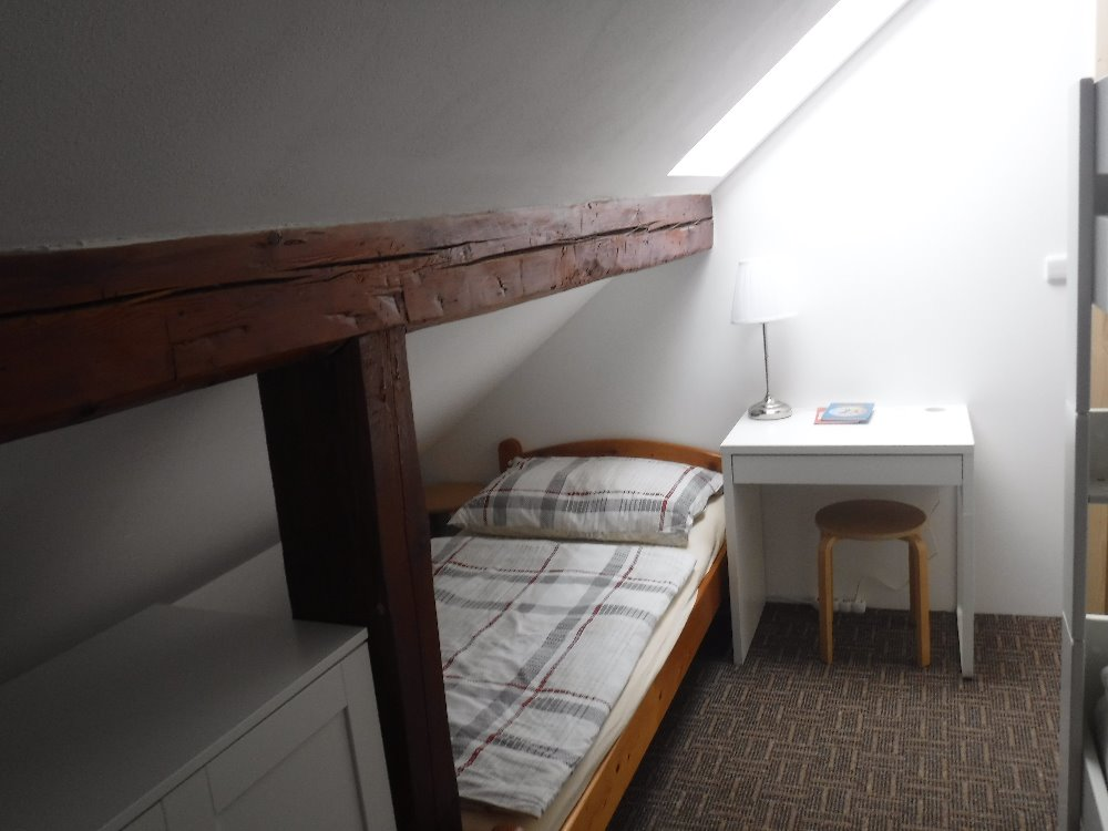Vicki ložnice 2