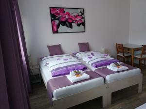 Ubytování Na Špacíru  - Pokoj v 1. patře - 3 lůžka ( s možností dětské postele )