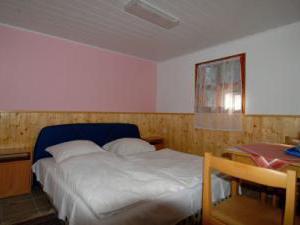 Penzion a chatky U Přehrady - chatka pro 2 osoby