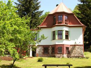 Sunny Cottage