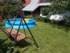 Penzion Babička - v létě na zahradě bazén