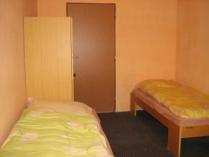 Ubytovna pro dělníky i turisty - třílůžkový pokoj
