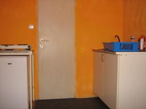 Ubytovna pro dělníky i turisty - kuchyňka