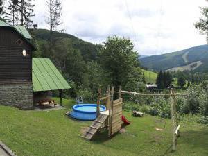 Horská chata Kouty - Horská chata Kouty - Panorama od chaty