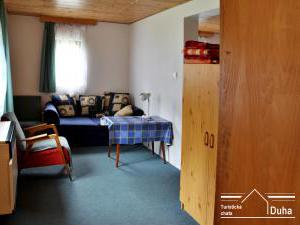 Turistická chata Duha - pokoj v malé chatce