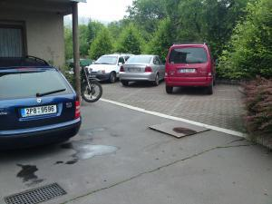 Apartmá PAU - Privat Apartma Ulrych - Parkoviště