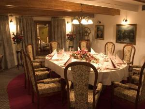 Golden Golem HOTEL a Golemův RESTAURANT - VIP Salonek Rudolfa II.