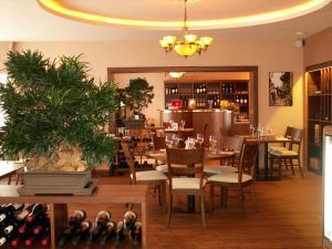 Cartellone Appartamento Hotel - Restaurace