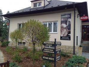 Cartellone Appartamento Hotel - Vstup do Cartellone Appartamento Hotelu Pardubice