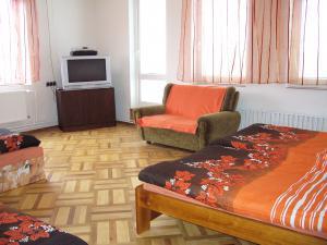 Apartmán Modré z nebe - Oranžový pokoj pro 4 osoby